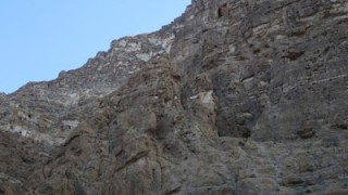 OMAN 9. WADI TIWI. CATALONIA NEEDLE. Via INDEPENDENCE.